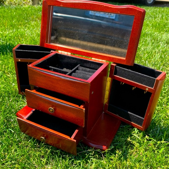 Vintage 90s Wooden Jewelry Box
